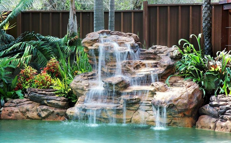 Serenity pool waterfalls kits waterfall features fountains for Waterfall supplies